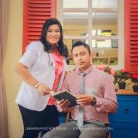 MEGA + AZIZ FOTO PREWEDDING di CAFE