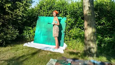 Brooke begins painting at her outdoor studio on a private farm in Italy.