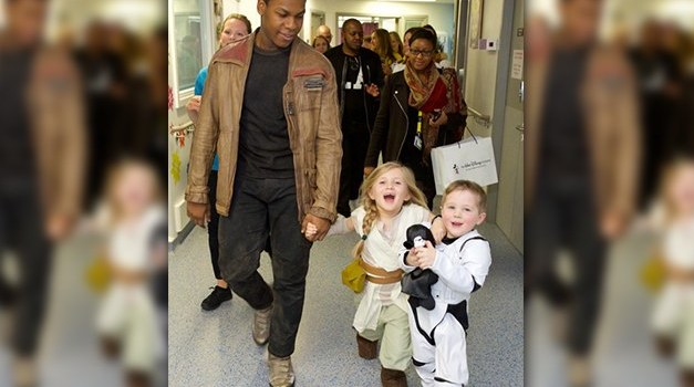 John Boyega Visits Children Hospital as 'Finn' from Star Wars