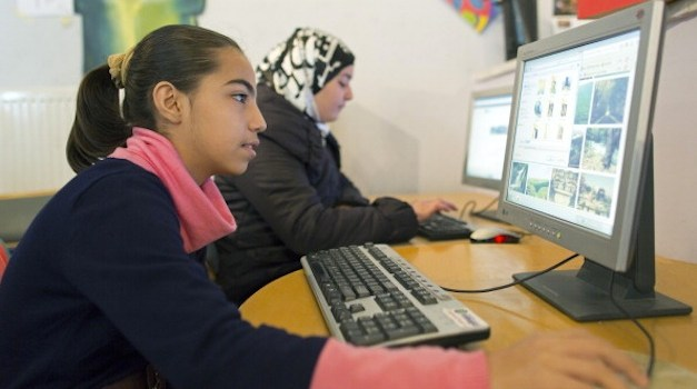 State Department Offers Refugees Free Online Education Courses Worldwide