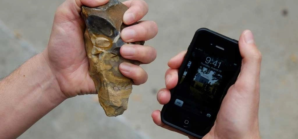 Acheulean hand-axes and iPod