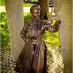living-statue-marie-curie-lutrek