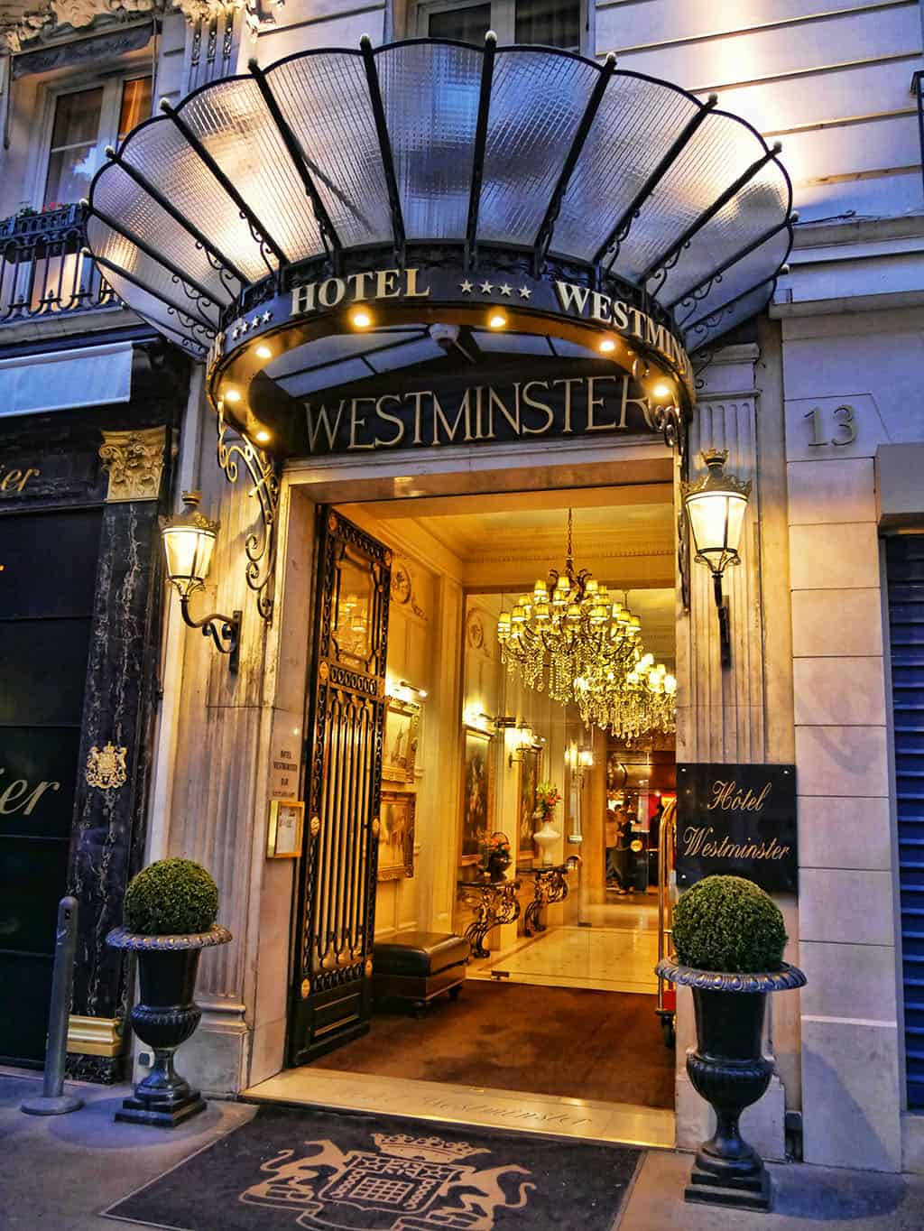 Review of the new signature suite at hotel westminster paris for Modern hotel paris