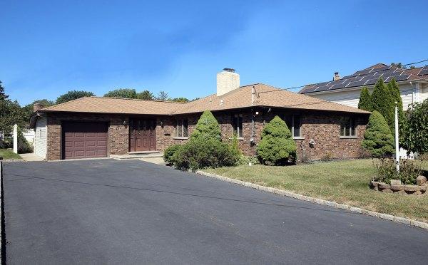284 Northview Terrace, Springfield, NJ 07081