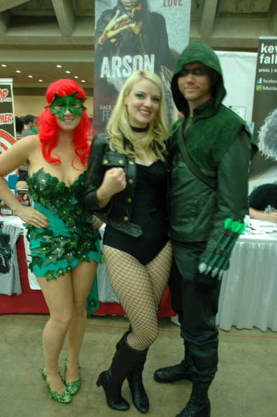 Baltimore Comic Con 2013 - Poison Ivy, Black Canary and Green Arrow