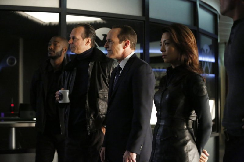 Marvel's Agents of SHIELD Episode 16 End of the beginning - Triplett, Blake, Coulson and May Agents of SHIELD TV Reviews