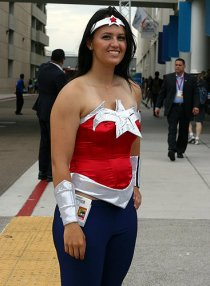 SDCC2014 cosplay - new Wonder Woman
