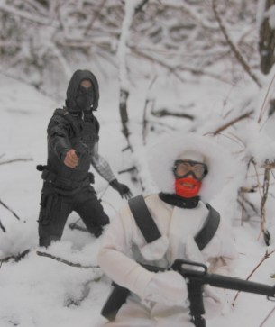 Hot Toys The Winter Soldier - stalking Snow-Job close up