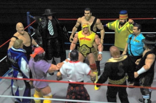 Hulk Hogan Defining Moments figure - Hogan's Rogue Gallery