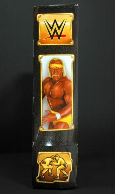 Hulk Hogan Defining Moments figure - package side