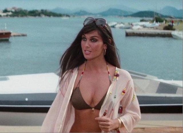 007 The-Spy-Who-Loved-Me- Naomi Caroline Munro