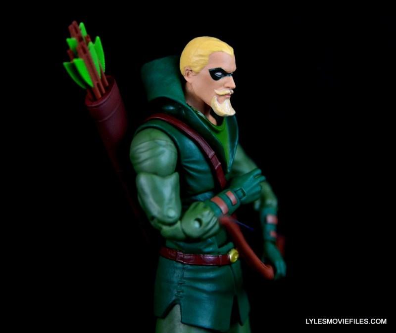 dc-icons-green-arrow-longbow-hunters-figure-review-hood-down