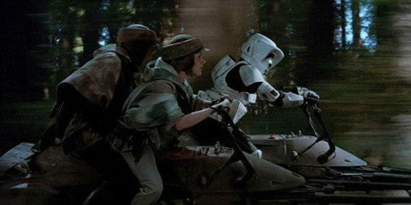 return-of-the-jedi-luke-skywalker-leia-speeder-bike