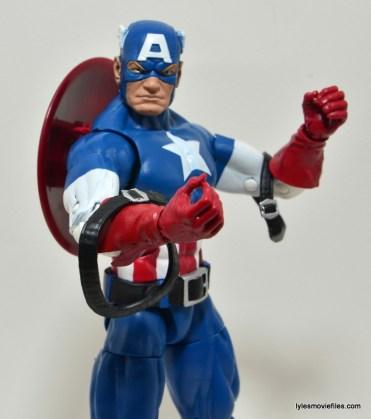 Marvel Legends Captain America review -shoulder straps down