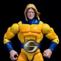 Marvel Legends Sentry figure review -heroic pose