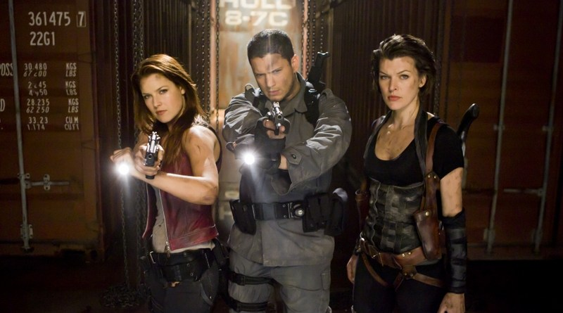 resident-evil-afterlife review - claire-redfield-chris-redfield-and-alice-in-resident-evil-afterlife