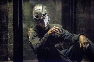 the flash escape from earth 2 review - the man in the mask