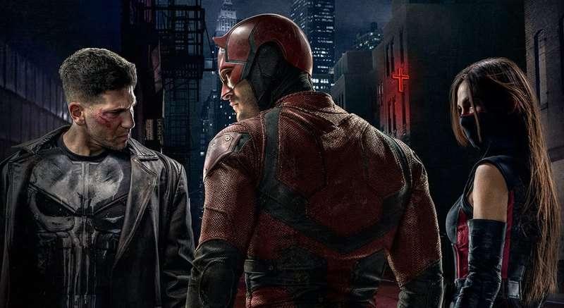 Daredevil Season 2 poster - The Punisher, Daredevil and Elektra_3