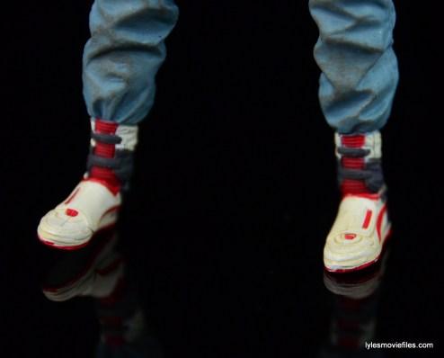 NECA Aliens Ellen Ripley figure - shoe detail 1
