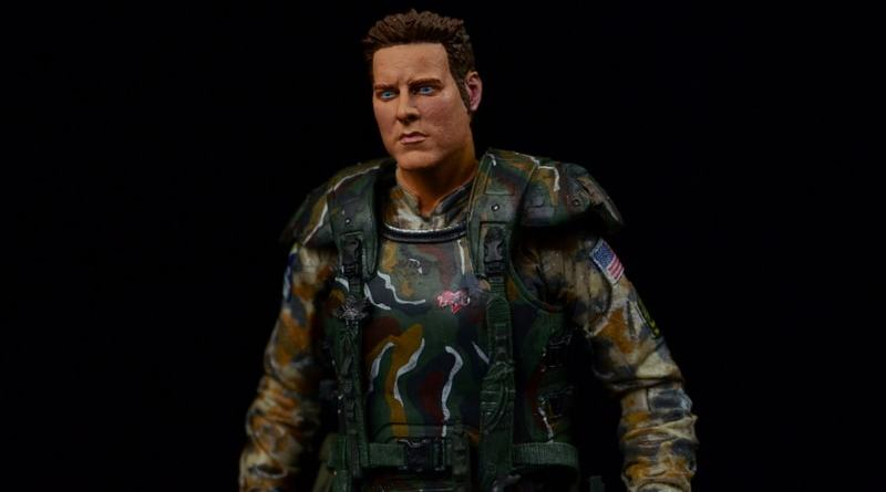 NECA Aliens Sgt Craig Windrix figure -main pic-min