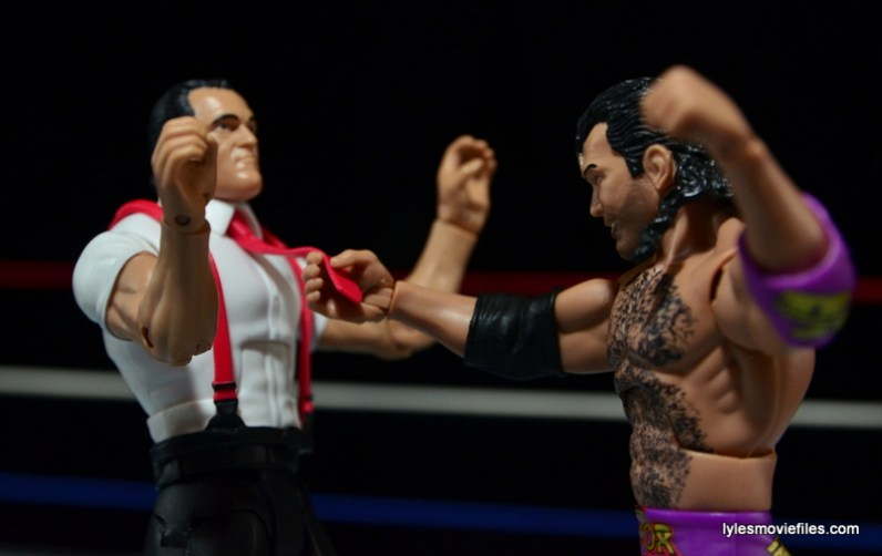 WWE IRS Mattel Elite figure review -Razor Ramon grabbing the tie