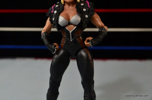 WWE Natalya figure review - sculpted outfit details