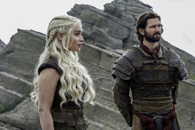 game of thrones - the door review -daenerys and daario-min