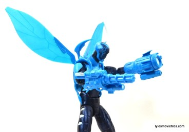 DC Icons Blue Beetle figure review -guns out