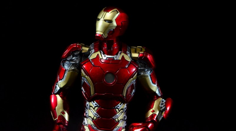 Comicave Studios Iron Man Mark 43 figure review