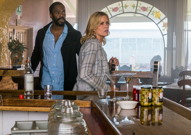 fear-the-walking-dead-los muertos -strand and madison
