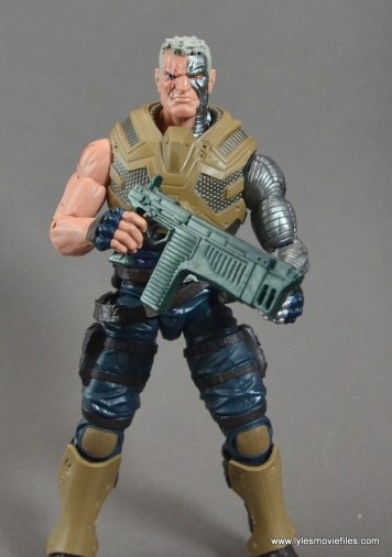 marvel-legends-cable-figure-review-with-smaller-gun