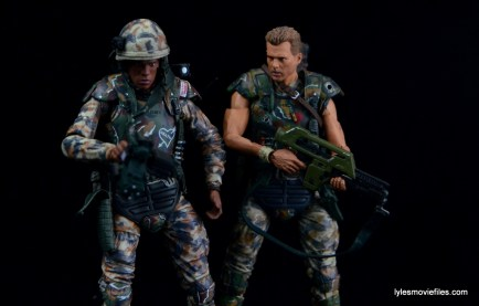 neca-aliens-series-9-frost-figure-review-with-hicks