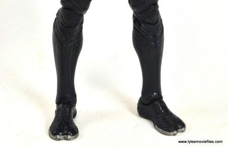 marvel-legends-black-panther-civil-war-figure-feet-detail