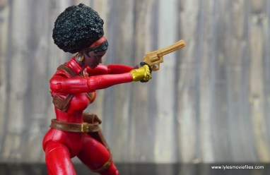 marvel-legends-misty-knight-figure-review-aiming-gun