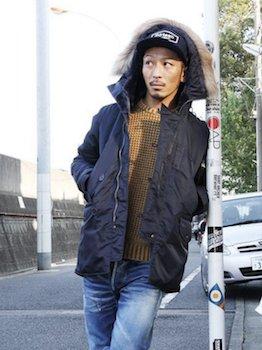 N-3Bジャケット×ニットセーター×デニムパンツ