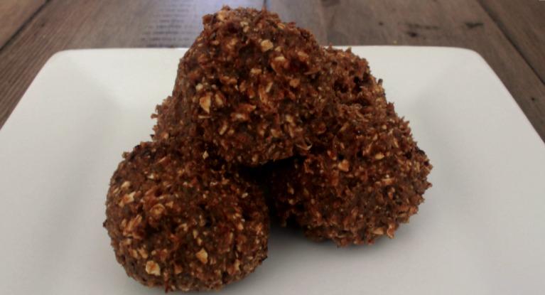 Cherry Almond Protein Bites (No Bake)