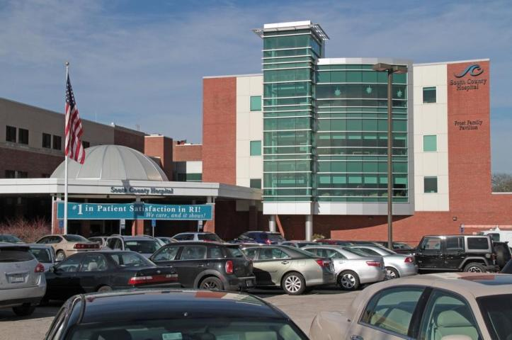 South County Hospital, a 100-bed community hospital in South Kingstown that performs many knee and hip replacement surgeries, won the top, 5-star ranking in the federal government's new system of rating hospitals. Journal files/Sandor Bodo