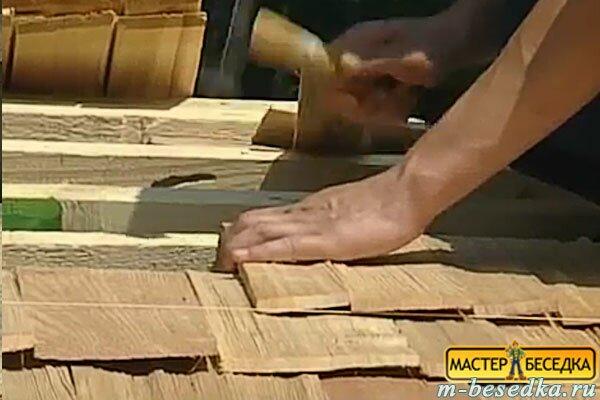 montaj-dranki-nai-krishu-besedki-iz-brevna-svoimi-rukami