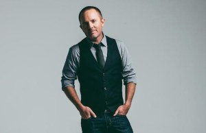 Chris Tomlin Announces October Album Release Love Ran Red
