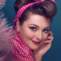 1950s Makeup Style