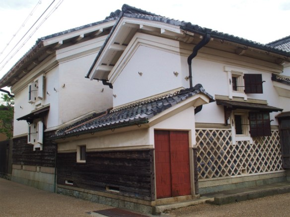 PA050083 近江商人の築いた町,五個荘 / Gokasho, attractive Japanese traditional architectures