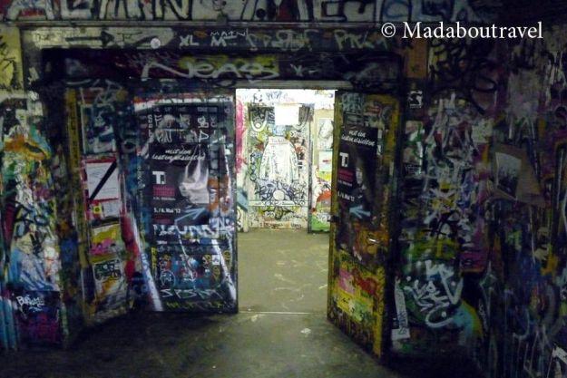 Interior de la casa okupa Tacheles