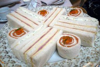 Sándwiches en el afternoon tea del hotel Palace de Barcelona