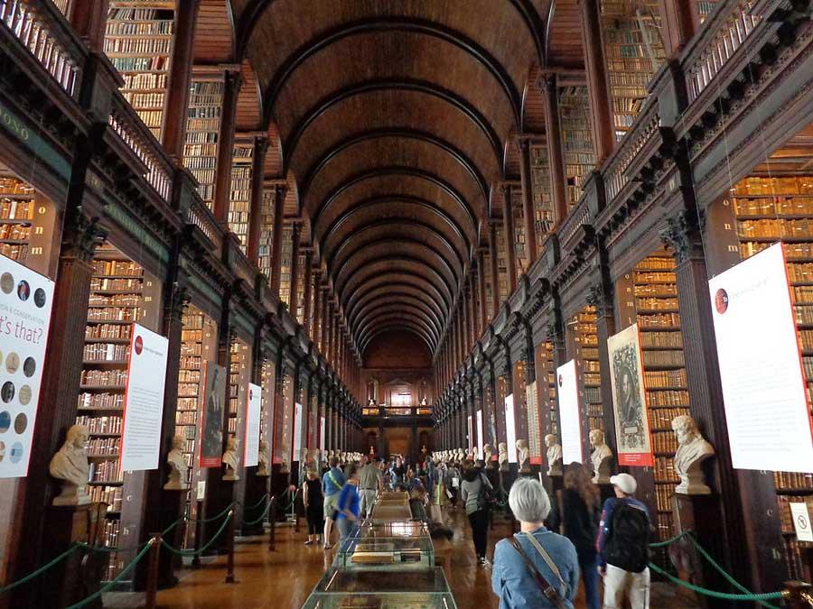 Biblioteca del Trinity College en Dublín