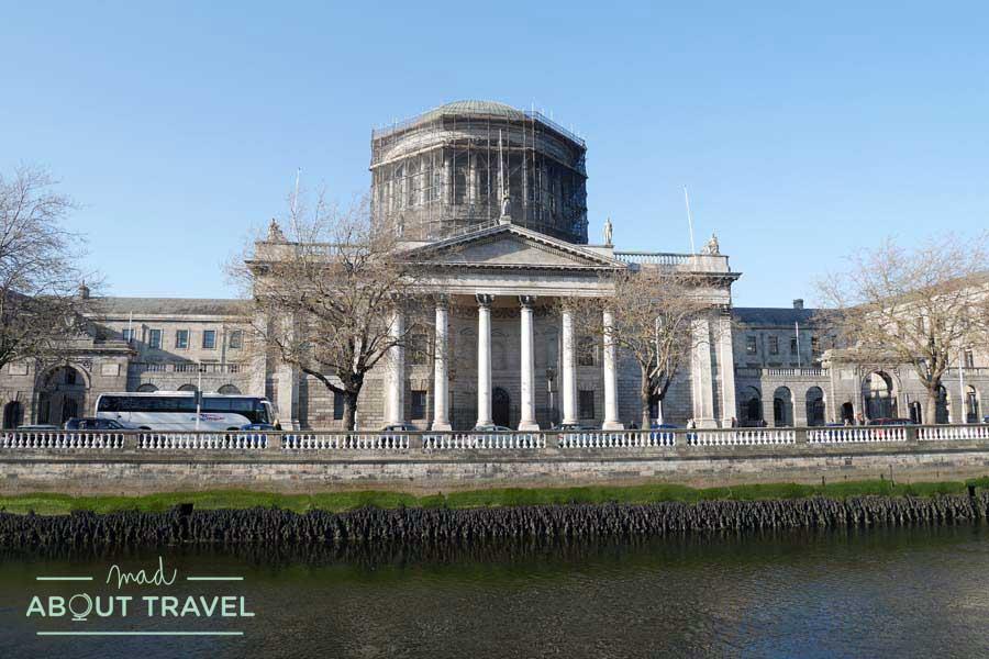 Dublin_FourCourts01