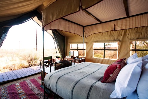 Luxury, Meru style safari tents © Uncharted Africa