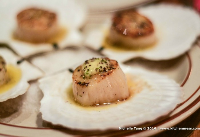 Seared Scallops with Seaweed Butter