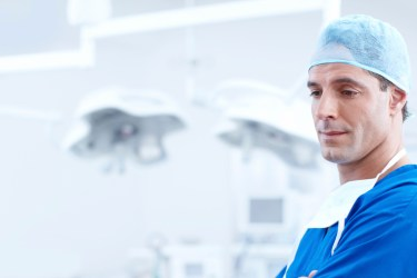 medical mentor in operating room