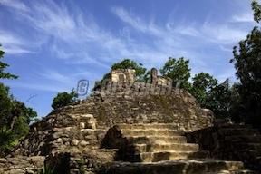 ancient-maya-city-ruins-tulum-image-1