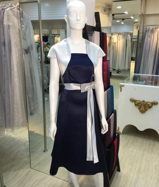 [媽媽禮服]深寶藍緞面銀腰帶蝴蝶結短外套洋裝小禮服